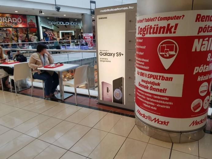 Mobiltöltőállomáson a SAMSUNG GALAXY S9+: Duna Pláza 1 állomás