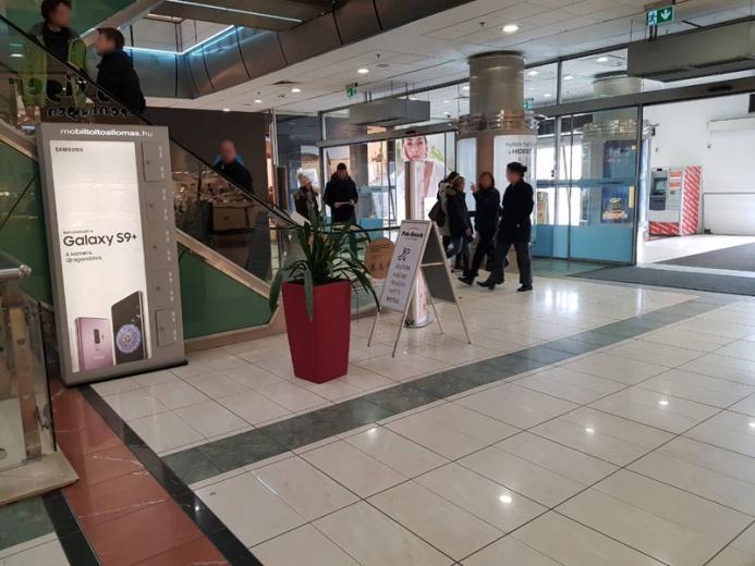 Mobiltöltőállomáson a SAMSUNG GALAXY S9+: Duna Pláza 2 állomás