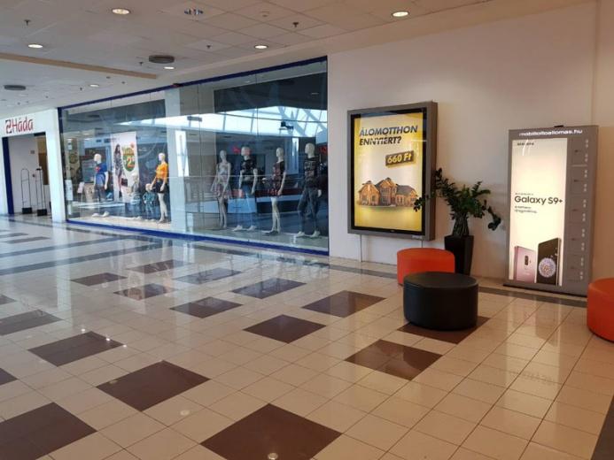 Mobiltöltőállomáson a SAMSUNG GALAXY S9+: Nyír Pláza